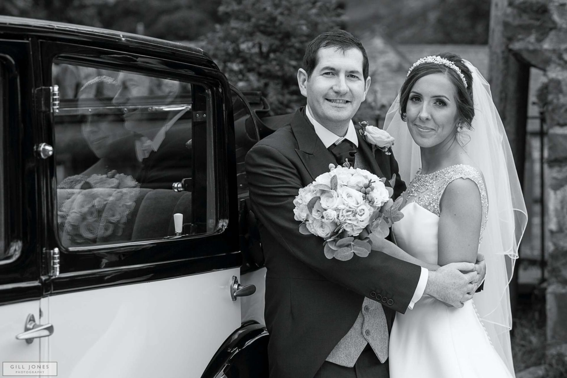 A North Wales Wedding Photographer goes country